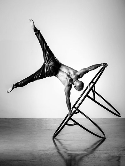 Mathieu Bolillo, balance wheel, Circus Star 2016 performer
