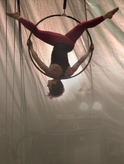 Rachel Gauthier, hoop, Circus Star 2016 performer