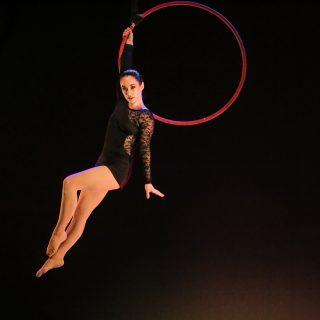 Lyndsey Gago, aerial hoop, Circus Star USA 2016 performer