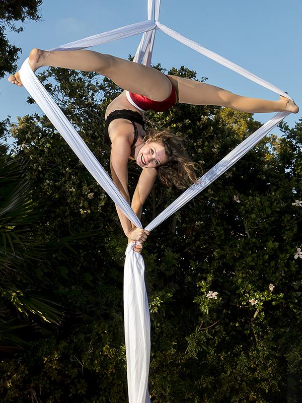 Teresa Shogren, Circus Star USA 2017 performer